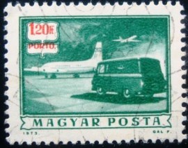 Selo postal da Hungria de 1973 Mail plane and truck