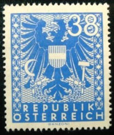 Selo postal da Áustria de 1945 New National Arms 38