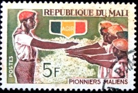 Selo postal do Mali de 1966 Initiation of pioneers