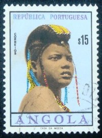 Selo postal de Angola de 1961 Girls of Angola 15