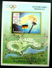 Bloco postal do Estado de Ajman de 1971 Olympic Torch