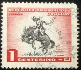 Selo postal do Uruguai de 1954 Gaucho breaking-in horse
