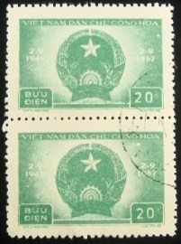 Par de selos postais do Vietnam de 1957 Democratic Republic of Vietnam