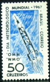 Selo postal do Brasil de 1967 Dia do Meteorógico