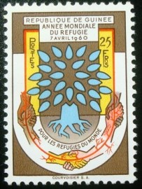 Selo postal da Guiné de 1960 World refugee year 25