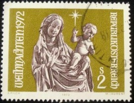 Selo postal da Áustria de 1972 Madonna with Child