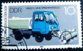 Selo postal da Alemanha Oriental 1982 Washing and Spraying Truck M25
