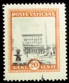 Selo postal do Vaticano de 1933 St. Peter's Square with the Vatican Palace 20