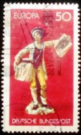 Selo postal da Alemanha de 1976 Boy selling copperplate prints