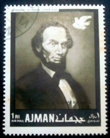 Selo postal do Ajman de 1968 Abraham Lincoln