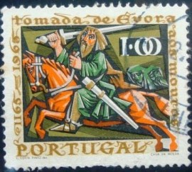 Selo postal de Portugal de 1966 Knight Fighting the Moors 1$