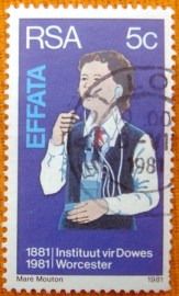 Selo postal comemorativo Africa do Sul 1981 - Deaf girl learning to speak